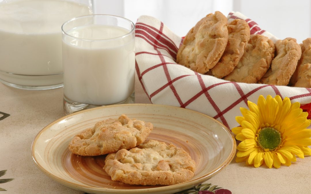 Coconut, Lime and Macadamia Nut Cookies